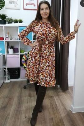 Платье Вики.                                 cover of user feedbackКсения Синцева