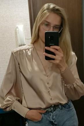 Легкость и женственность. Эффектная блуза и в пир, и в мир