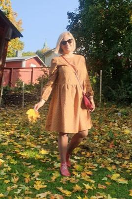 Платье Вики.                                 cover of user feedbackIrina Petrova