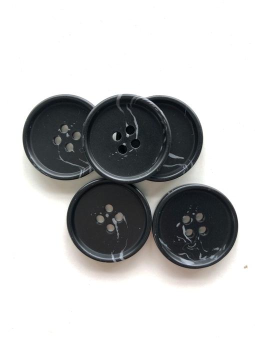 Пуговицы, черный с серой полоской