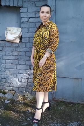 Симпатичное платье, лёгкое в пошиве.