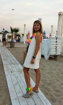Быстро и стильно - маленькое белое платье)