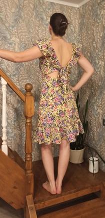 Отличное платье.