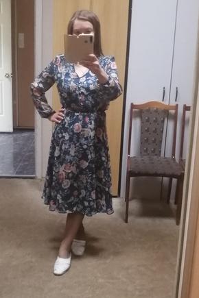 Красивое летящее платье