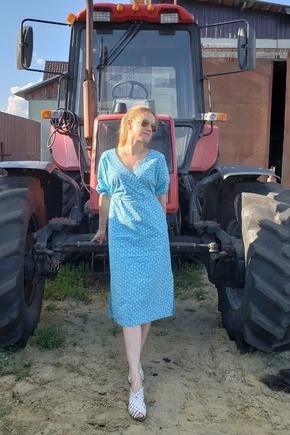 Замечательное платье для первого пошива)