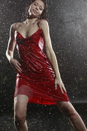 мое первое красное платье