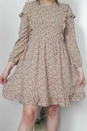 Красивое платье! Для новичка самое то...