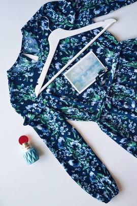 Платье Вики.                                 cover of user feedbackКира