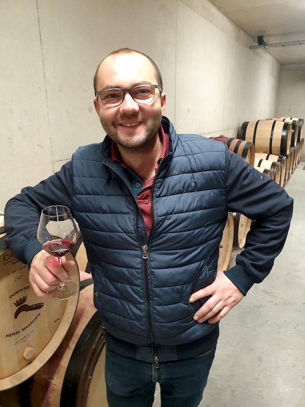 charles-magnien-winemaker-gevrey-chambertin-2019-vinbanken