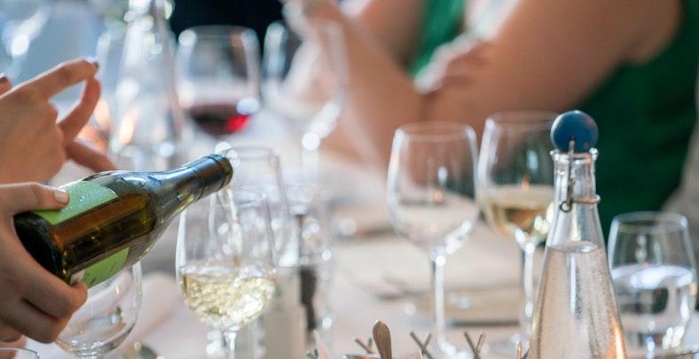 VINKOPLISTAN. toppviner-budgetpris-alltid på vinbanken fredagar.