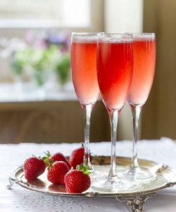rossini-4-drinkar-mousserande vin-cava-och-prosecco-vinbanken