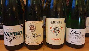 Vinbanken-Torra-Moselviner-pa-Systembolaget -stor provning