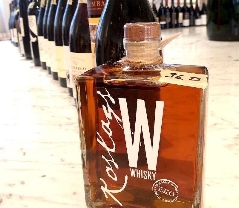 Svensk whisky och en akvavit