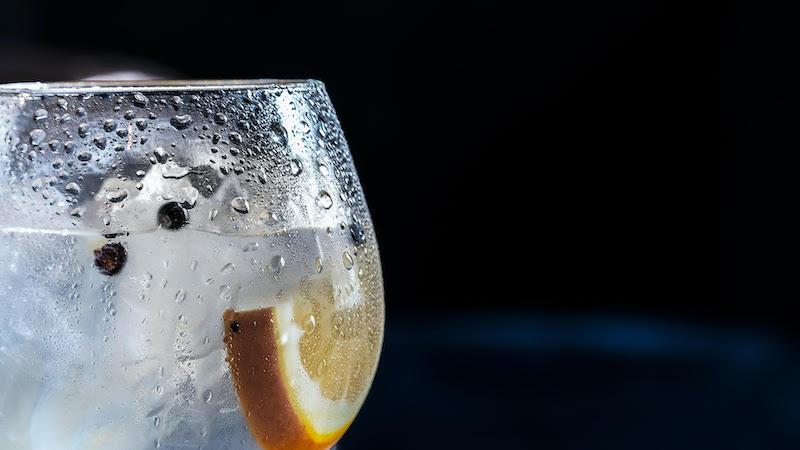 alkoholfritt-Framtiden-ar-ljus-och-den-kommer-utan-baksmalla-vinbanken