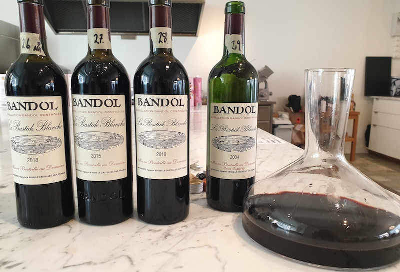 Vertikalprovning La-Bastide-Blanche-rott-vin-fran-Bandol-vinbanken