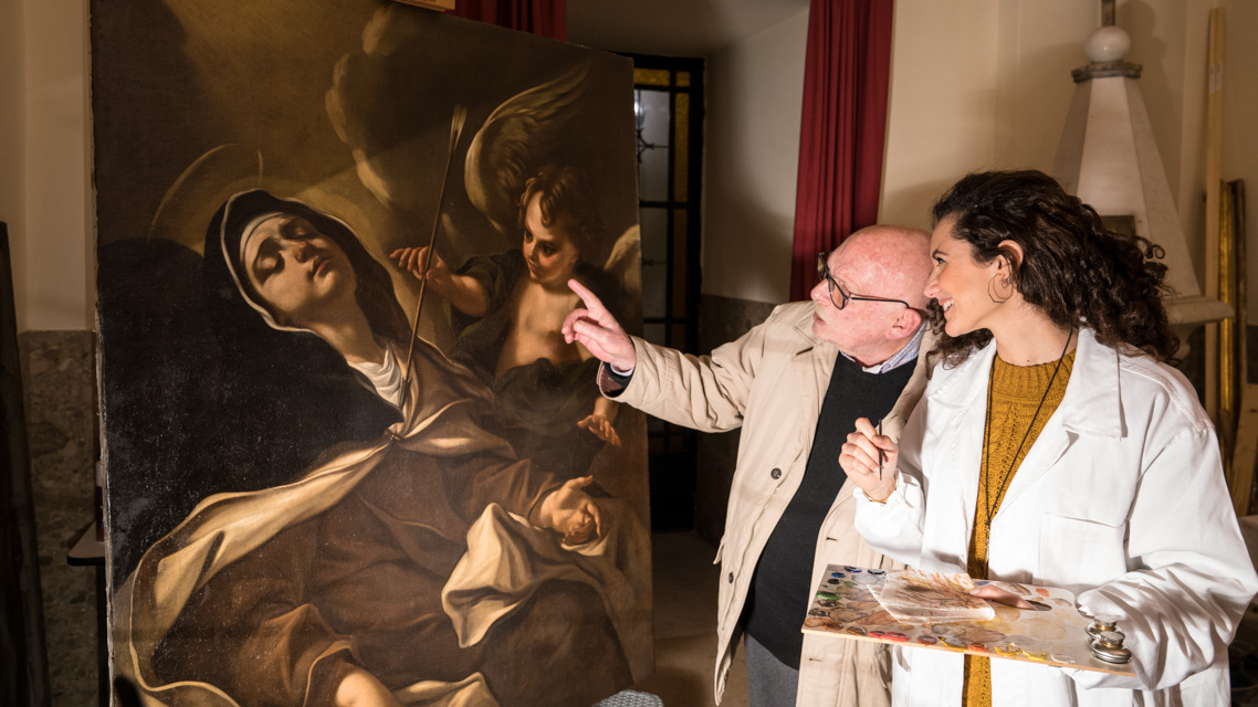 carlotta-corduas-restauratrice-dipinti-su-legno-tessile-napoli-thumbnail
