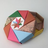 Yoko Moon OrigamI Short Course tutor West Dean College