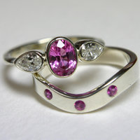 Penny Davis stone-setting for jewellers