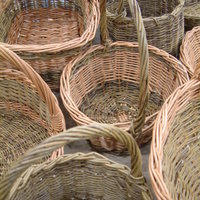 Mary Butcher willow basketmaking