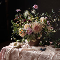 Rachel Siegfried a painterly approach to floral design