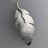 Sarah Macrae silver autumn leaf pendant