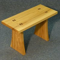 Tom Kealy  Make simple furniture – for complete beginners