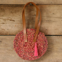 Claire Richards Make a raffia-work bag