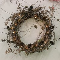 Annie Guilfoyle Contemporary Christmas decorations from foraged materials