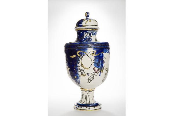 Amy Hughes course photo 2015 Sketch Vase Nouveau Bleu Series