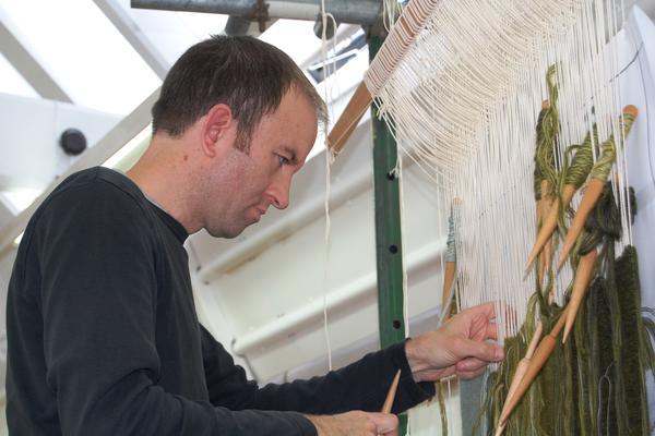 Philip Sanderson, Master Weaver, handweaving Nowhere
