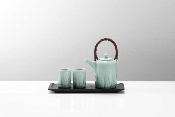 Chris Keenan celadon teaset with mulberry wood tray
