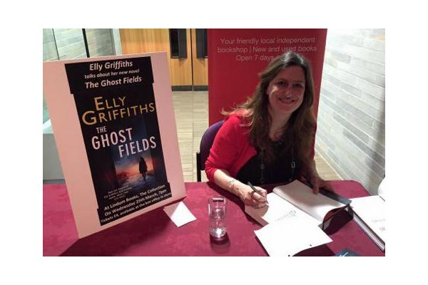 Elly Griffiths book signing