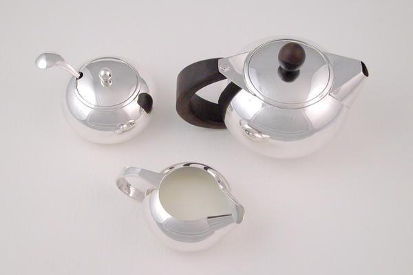 Ovoid Tea Set