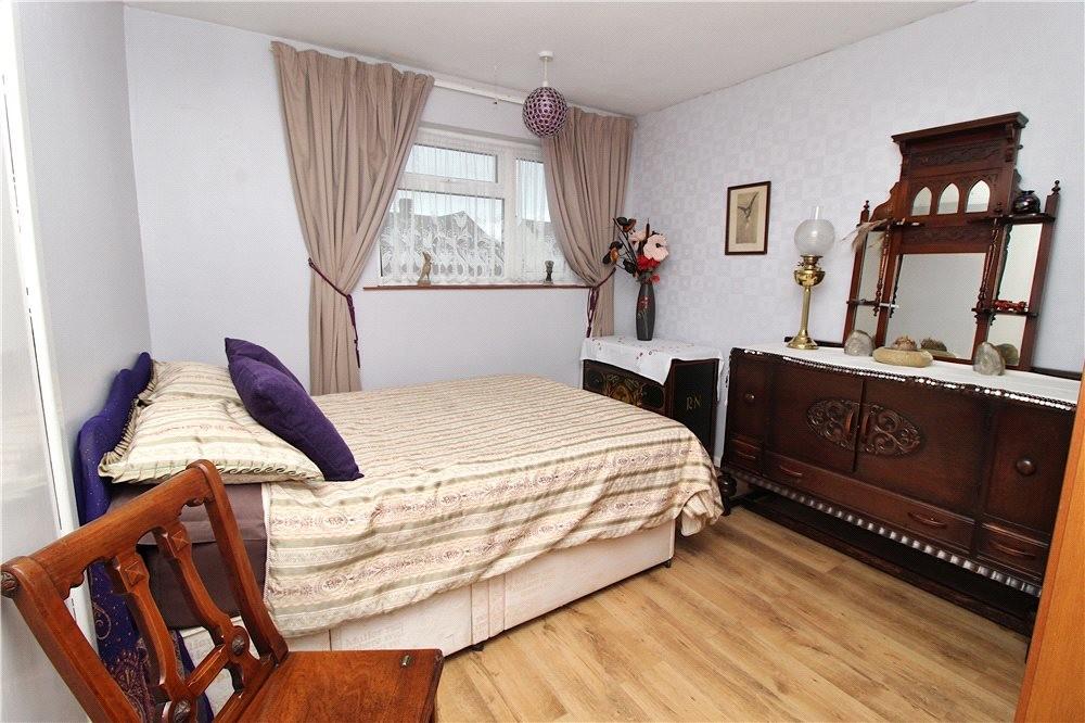 MUVA Estate Agents : Bedroom 2