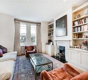 Three bedroom beautifully presented house in Eynham Road W12