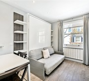 Studio flat in Munster Village Fulham