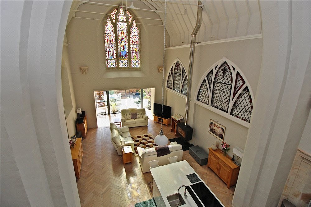 MUVA Estate Agents : Mezzanine View