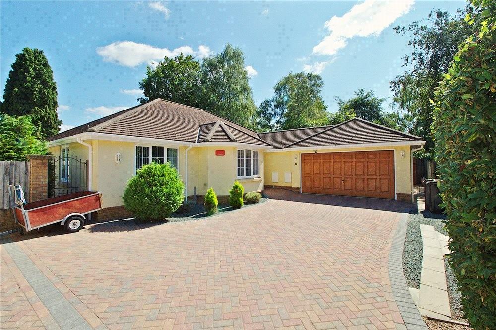 MUVA Estate Agents : St Leonards, Ringwood