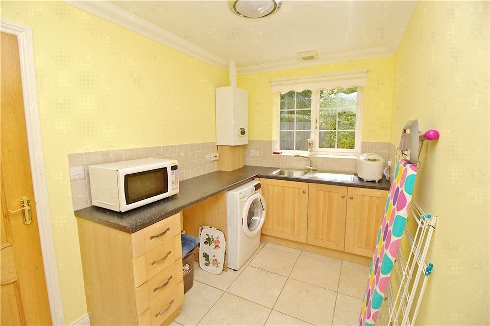 MUVA Estate Agents : Utility Room