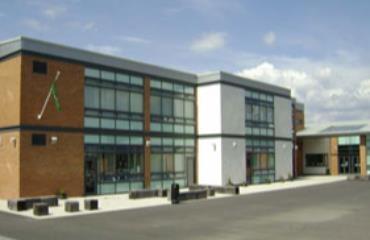 Raploch Primary School logo