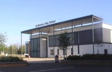 St Modan's High School logo
